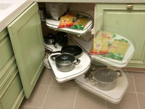 Чтобы маленькая кухня была удобной в использовании, следует продумать каждую мелочь