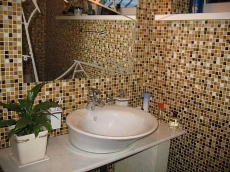 Мозаика в ванной комнате - великолепная отделка с современным акцентом
