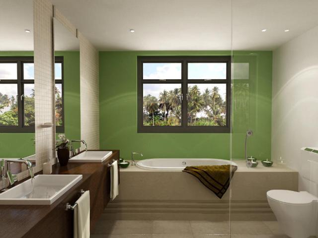 Интерьер ванной комнаты с фальш-окном