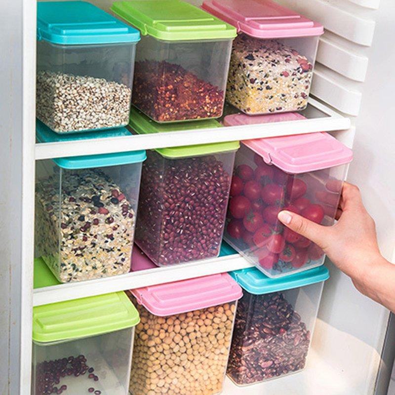 Хранение кухонных принадлежностей и продуктов