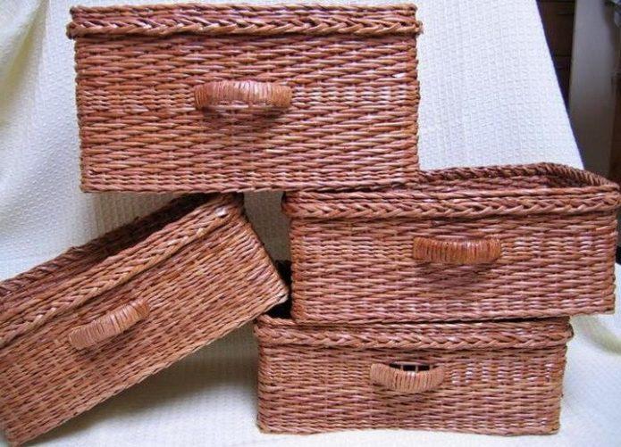 Плтёные корзины из бумажных трубочек