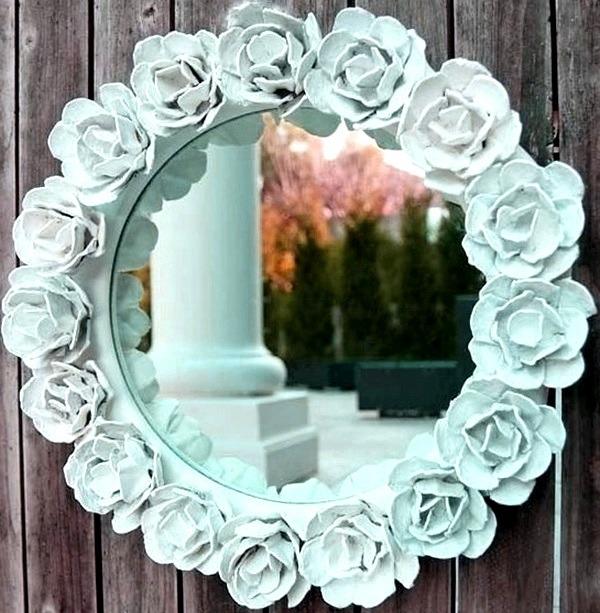 Лепная рама зеркала