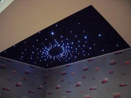 дизайн натяжных потолков в ванной комнате
