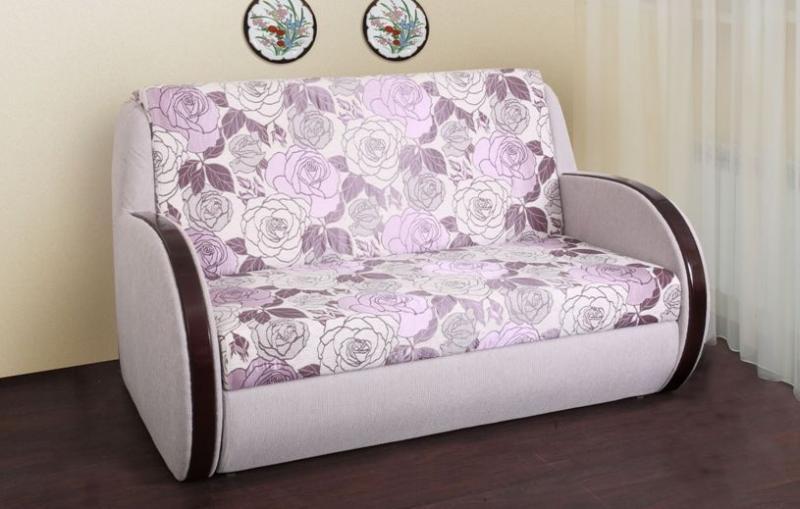 При выборе маленького дивана для кухни, обязательно обратите внимание на дизайн изделия