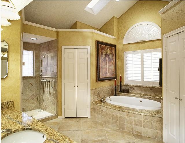Ванная комната в итальянском стиле на основе тосканского