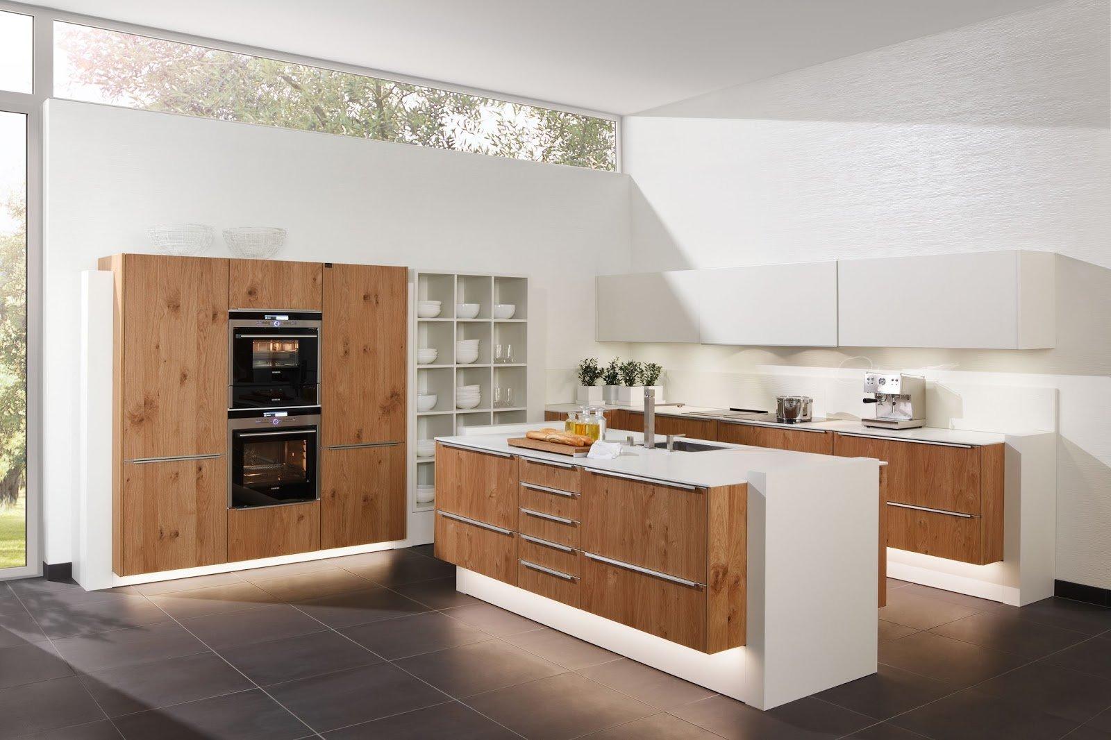 Как правильно обустроить и оформить рабочую зону кухни?
