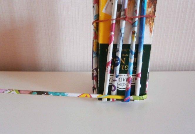 Начало плетения карандашницы